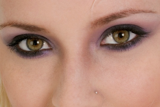 Define Eyes with Homemade Kohl