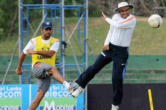 dhoni,sehwag