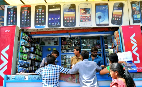 Mobile Phones to Match Globe's Population in 2014