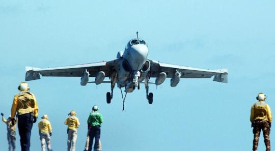 Military Plane Crashes in Washington State