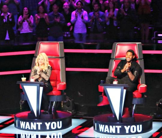 Usher Raymond and Shakira