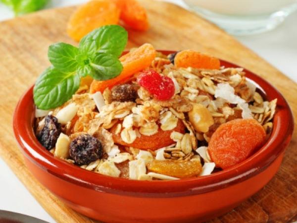 Healthy Breakfast Recipe: Quinoa And Oats Breakfast Bowl
