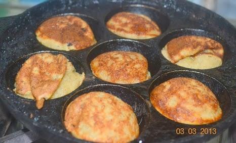 Healthy Indian Oats Recipe: Banana Oats Appam
