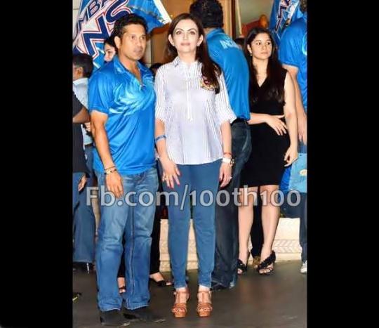 Sachin Tendulkar with Nita Ambani and Sara