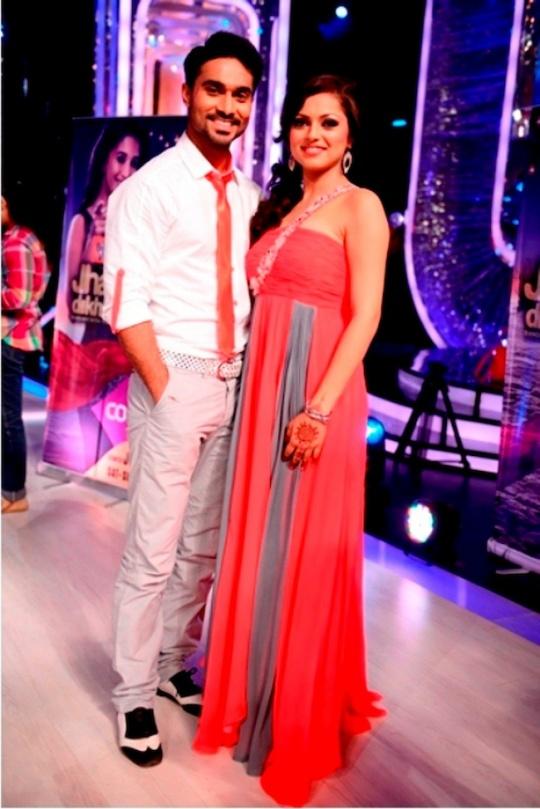 Drashti Dhami with her choreographer Salman