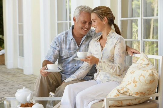 What's the Ideal Age Gap for Couples?