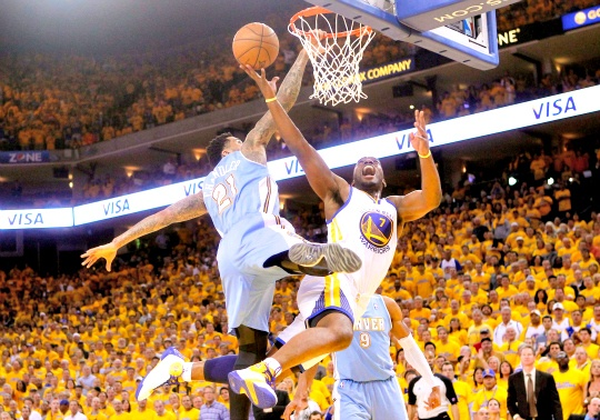 Warriors Beat Nuggets, Reach Second Round
