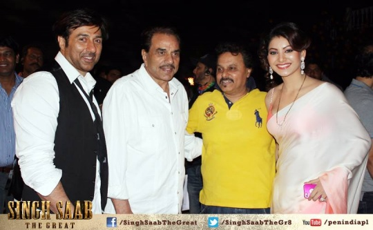 ANIL SHARMA WITH THE DEOLS