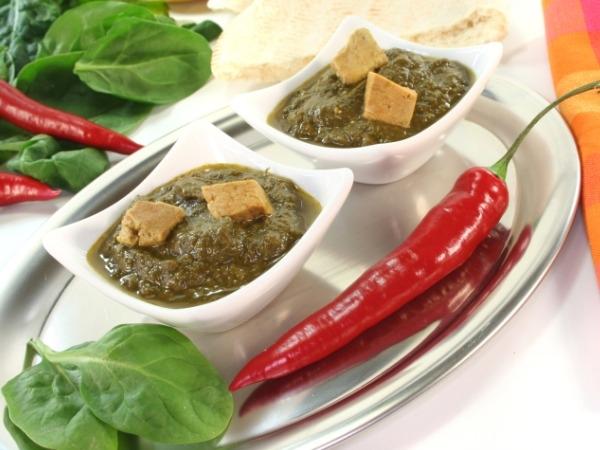 Vegetarian Recipe: Creamy Tofu Palak Paneer Recipe