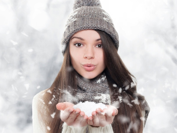 Home Remedies For Chapped Lips This Winter