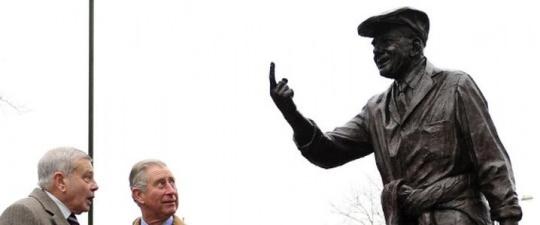Dickie Bird's Statue