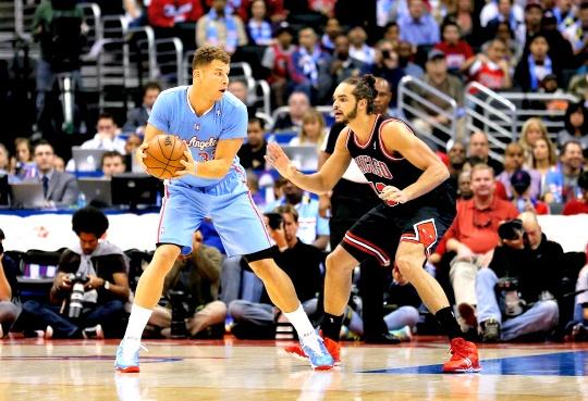 Clippers Rout Rose-Less Chicago Bulls