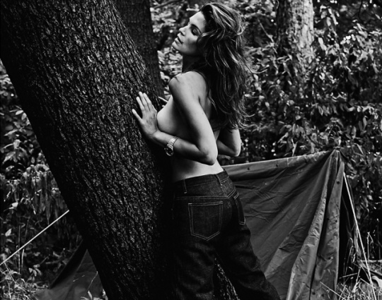 Cindy Crawford Bares All