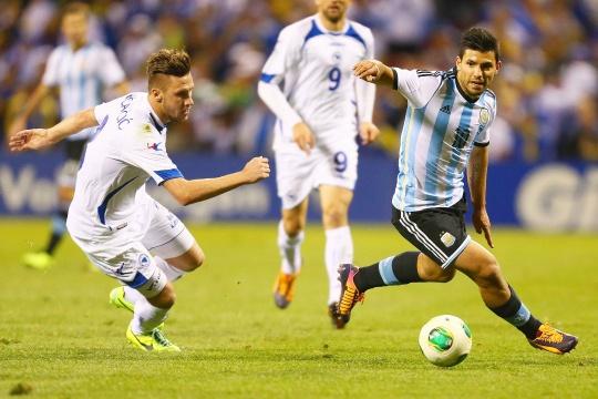 Aguero Double As Argentina Down Bosnia