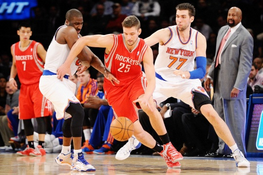 Rockets Hang On for Win Over NY Knicks