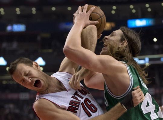 Raptors Top Celtics in NBA Opener