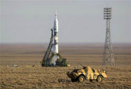 Soyuz Flies Olympic Torch to Space