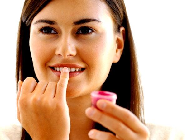 Winter Care: Luscious Lavender Lip Balm Recipe