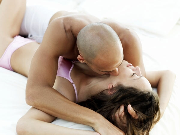 Why You Should Have Sex: 14 Health Reasons To Have Sex