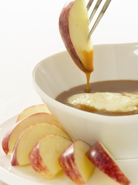 Dessert Recipes: Apples With Spiced Caramel And Mascarpone