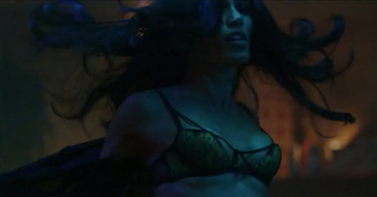 Freida Pinto in Gorilla