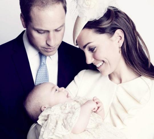 Prince George official portrait