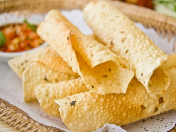 Indian Snack: Papad Roll Recipe
