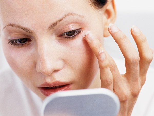 Home Remedies For Treating Dark Circles