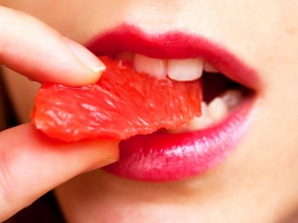 Dental Health: Get White Teeth At Home