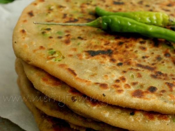 Whole-wheat Kulcha Recipe with Green Peas Stuffing