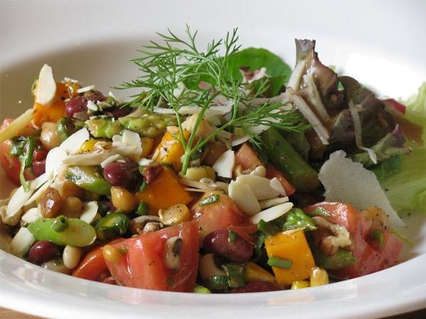 Mango, Corn & Mixed Beans Salad Recipe
