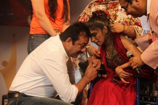 Divya Arora With Sanjay Dutt