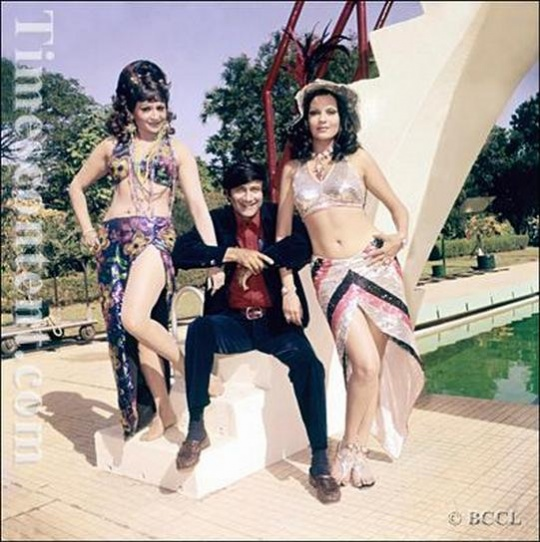Zeenat Aman with Helen and Dev Anand