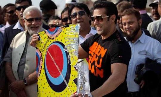 #BollywoodSplit