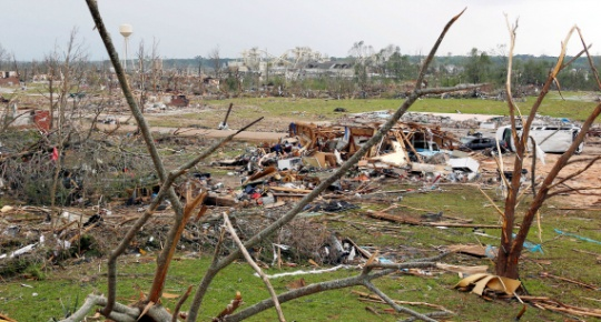 US Tornadoes Kill 35, Millions Brace for More