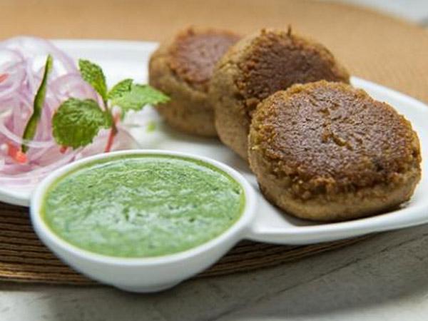 Healthy Snack Recipe: Shikampuri Kebab