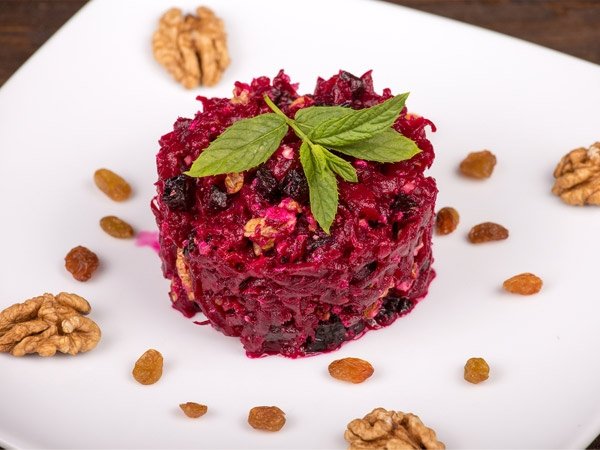 Beetroot and Fennel Salad on a Bed of Bulgur Wheat