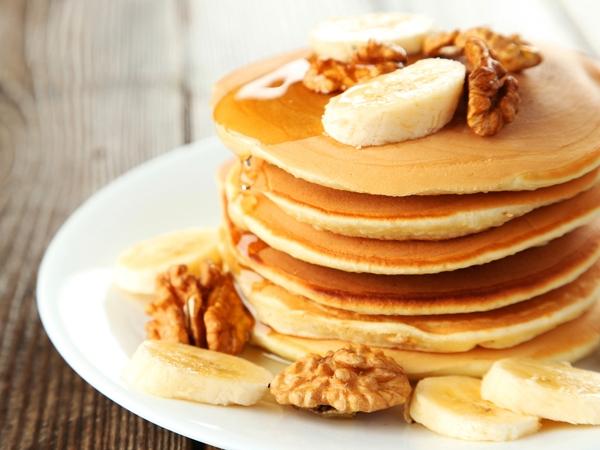 Healthy Breakfast Recipe: Banana Walnut Pancakes