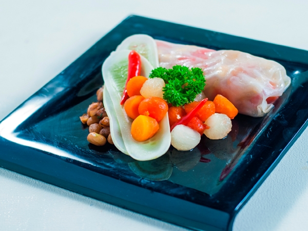 Thai Style Papaya Melon Salad With Steamed Soy Peanuts