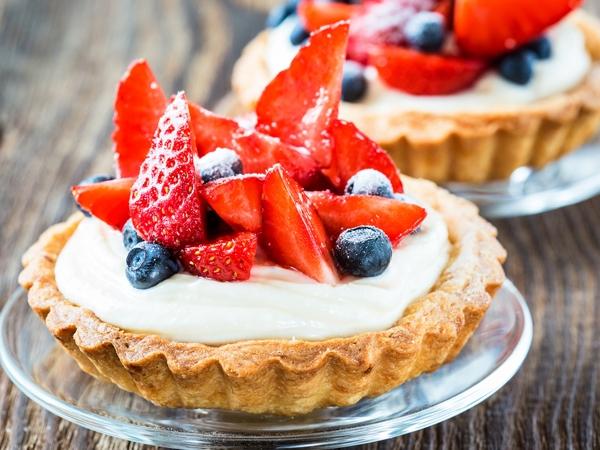 Low-Calorie Recipe: Fruit And Custard Tarts