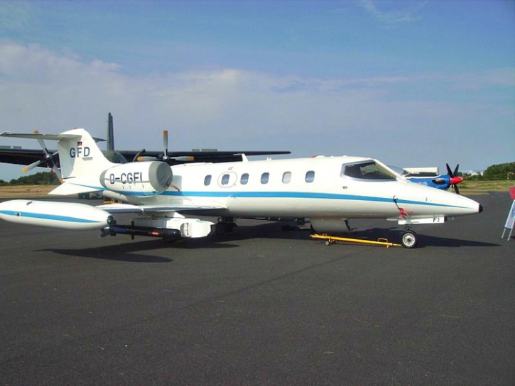 The Learjet that crashed.