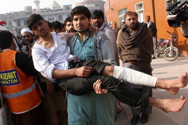 peshawar injured taliban fight