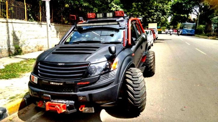 Mahindra XUV-500