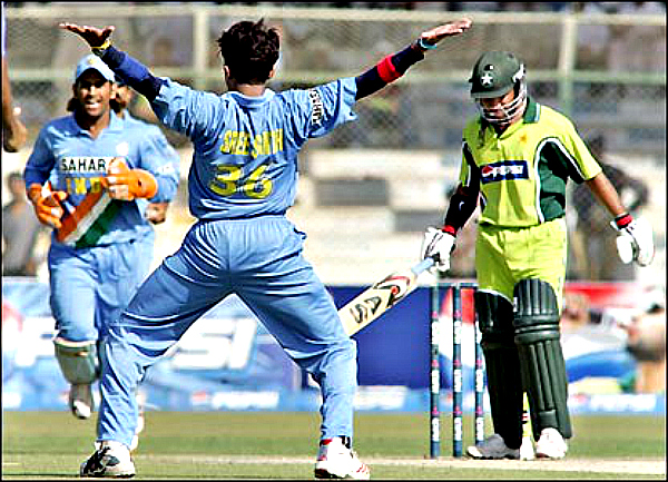 cricket funny stance