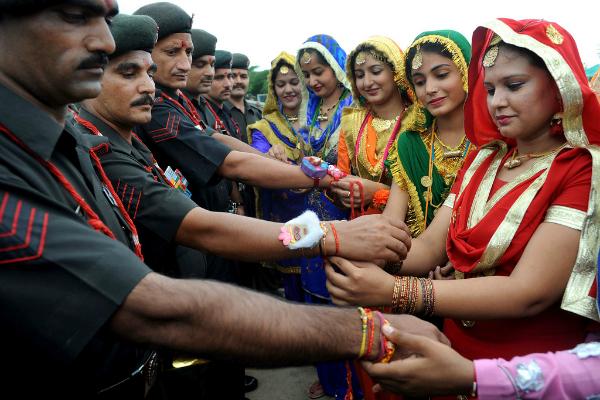 rakhi soldier