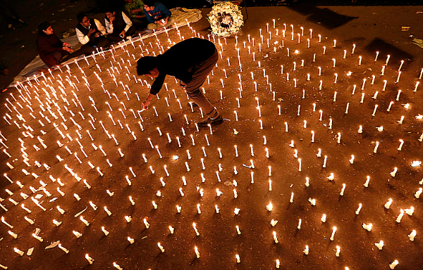 candle light nirbhaya repect