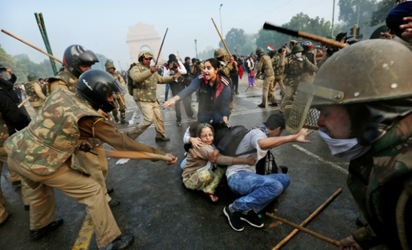 police beating protest rape delhi
