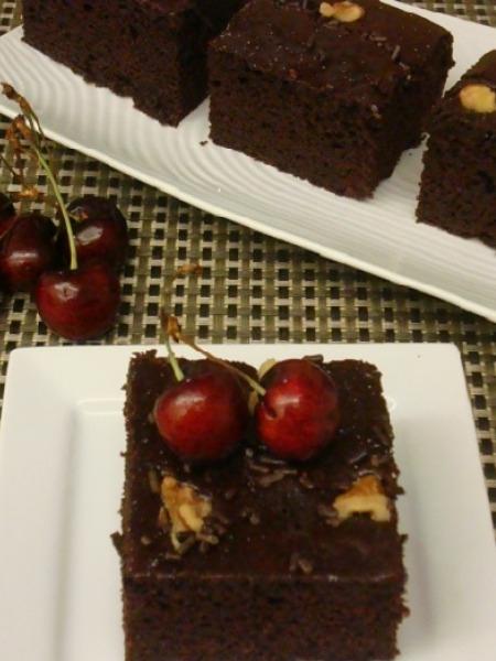 Eggless & Butter-less Chocolate Cake Recipe