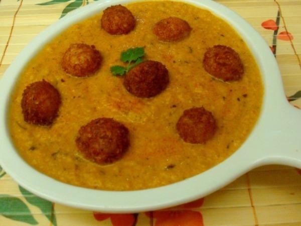 Vegetarian Kofta (Cheese Ball) Curry Recipe