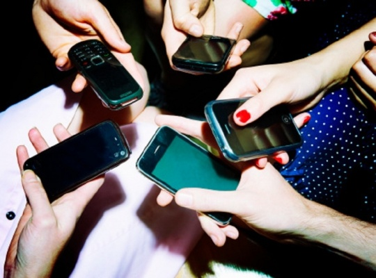 Mobile Tariffs May Increase On High Bids for Spectrum
